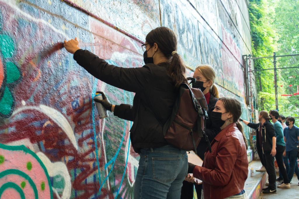 école projet artistique pédagogique adolescent peinture street art mur graffiti